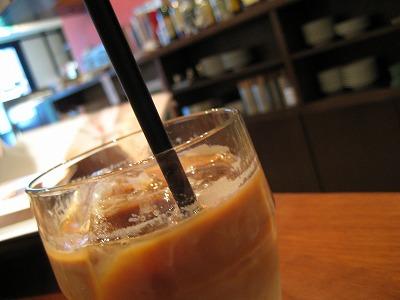 CAFE NOMAD @根津