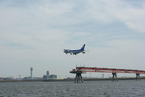 城南島海浜公園で飛行機を眺めながらぼーっとした