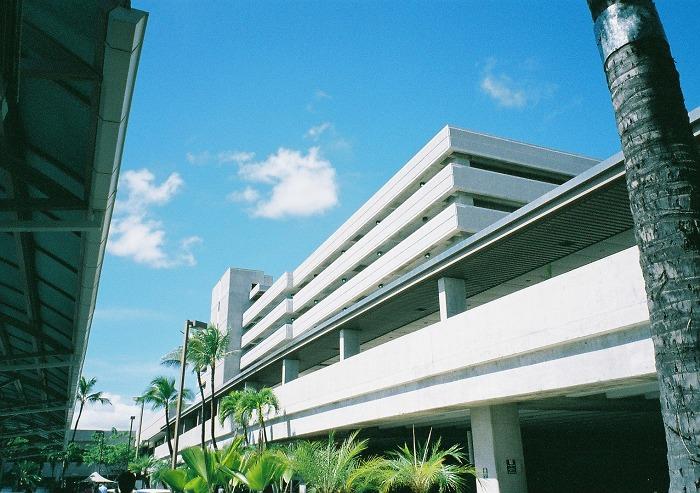 [ハワイ旅行] アラモアナセンターへ