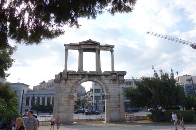 ハドリアヌスの門_アテネ