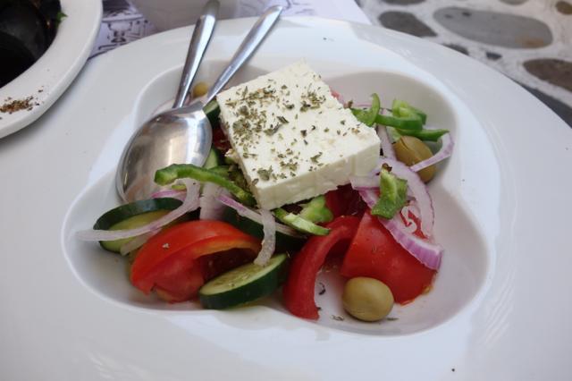 パスタフレスカのグリークサラダ
