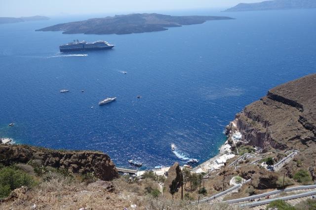 サントリーニ島ロバタクシーからの眺め