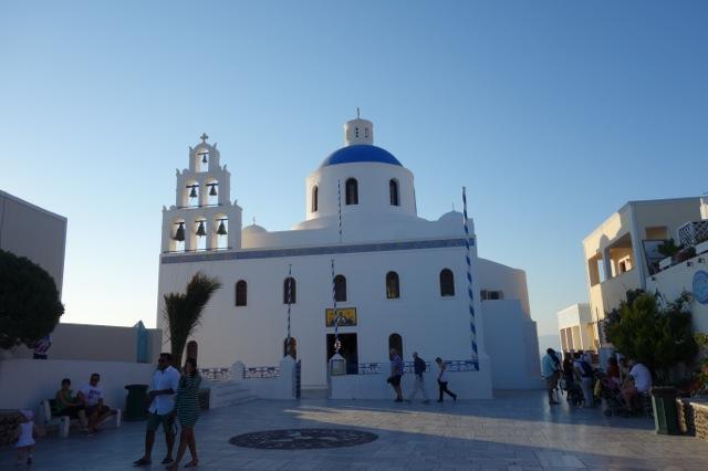 サントリーニ島イアの青い教会