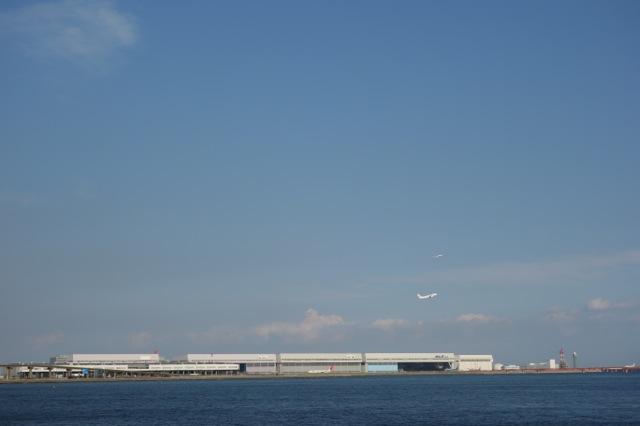 多摩川河口から羽田空港