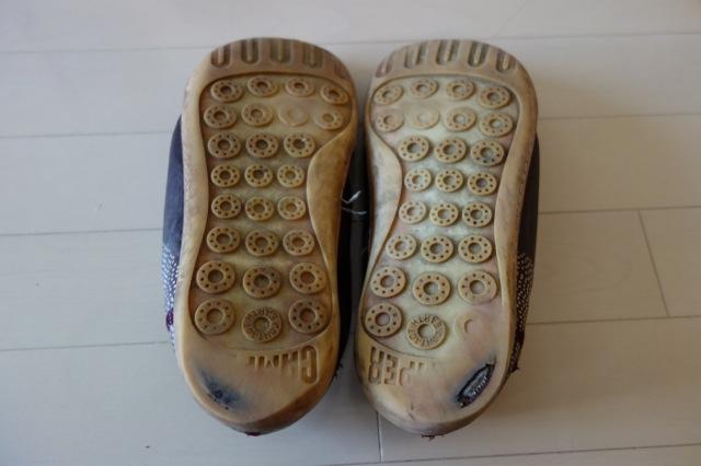 靴底が擦れたのカンペールの靴