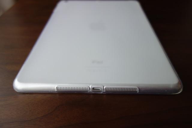 iPad Air用ソフトケース ジャック、スピーカー部