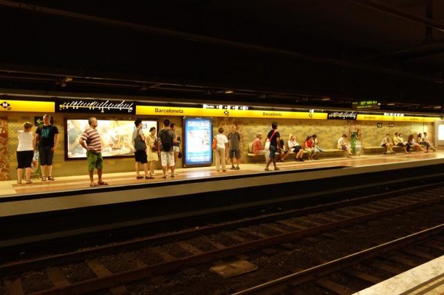 バルセロネータ駅ホーム