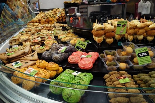 ボケリア市場のパン屋