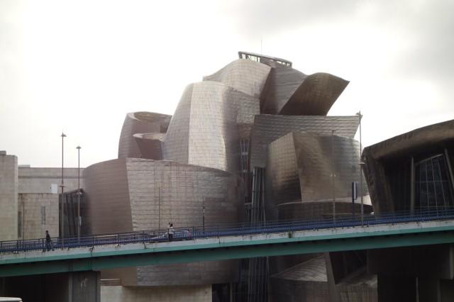 グッゲンハイム美術館ビルバオ