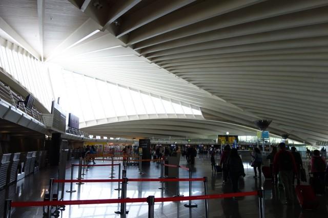 ビルバオ空港内部