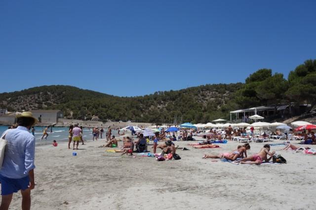 Ses Salinesビーチ砂浜