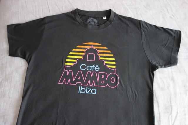Cafe MAMBOのTシャツ