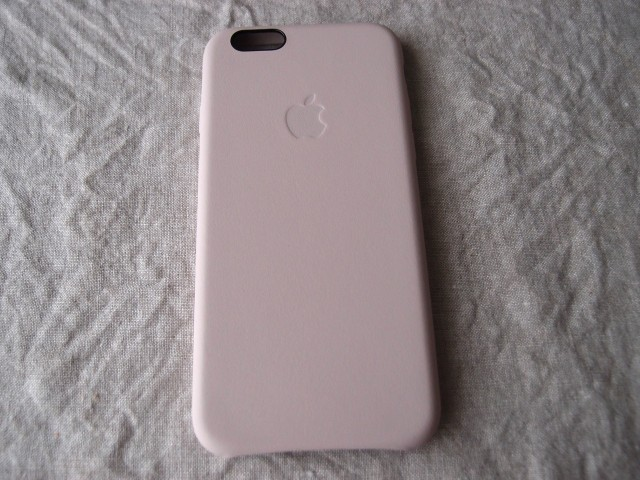 iPhone6純正カバー