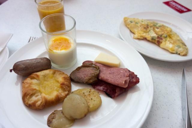 トレーダーズホテルの朝食