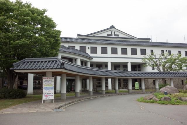 田舎館村役場庁舎