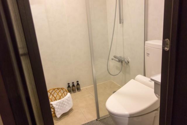 トイレとシャワールーム