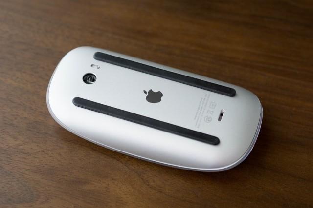 Magic Mouse2裏面