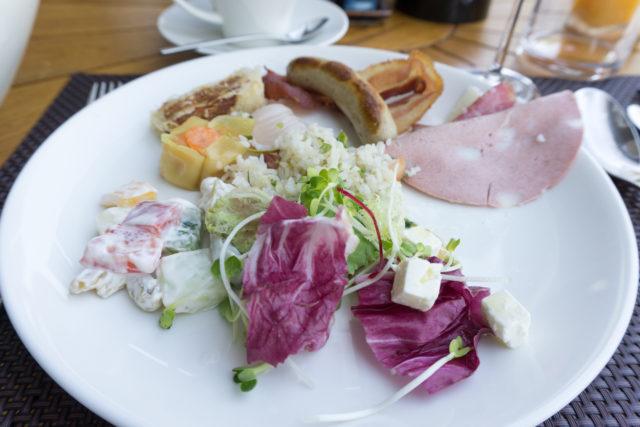 サリンダリゾートの朝食