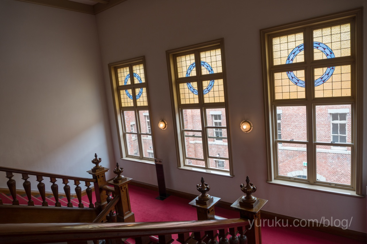 山形県郷土館(文翔館)のステンドグラス