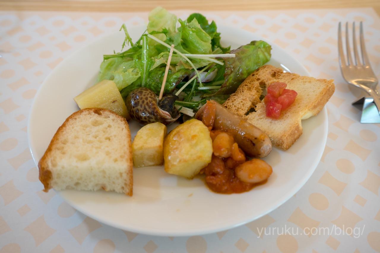 GURAの前菜サラダ
