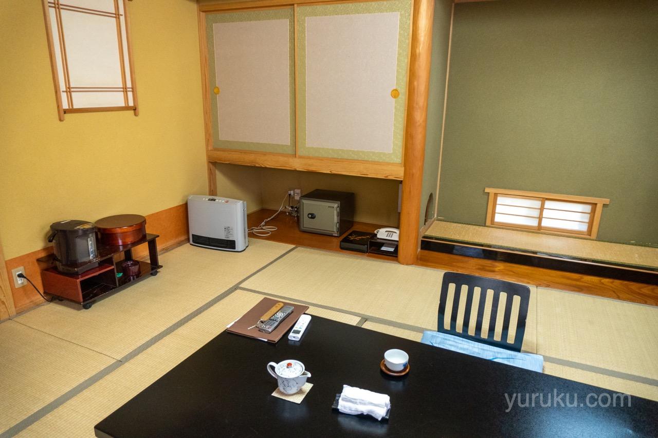 10畳和室の室内