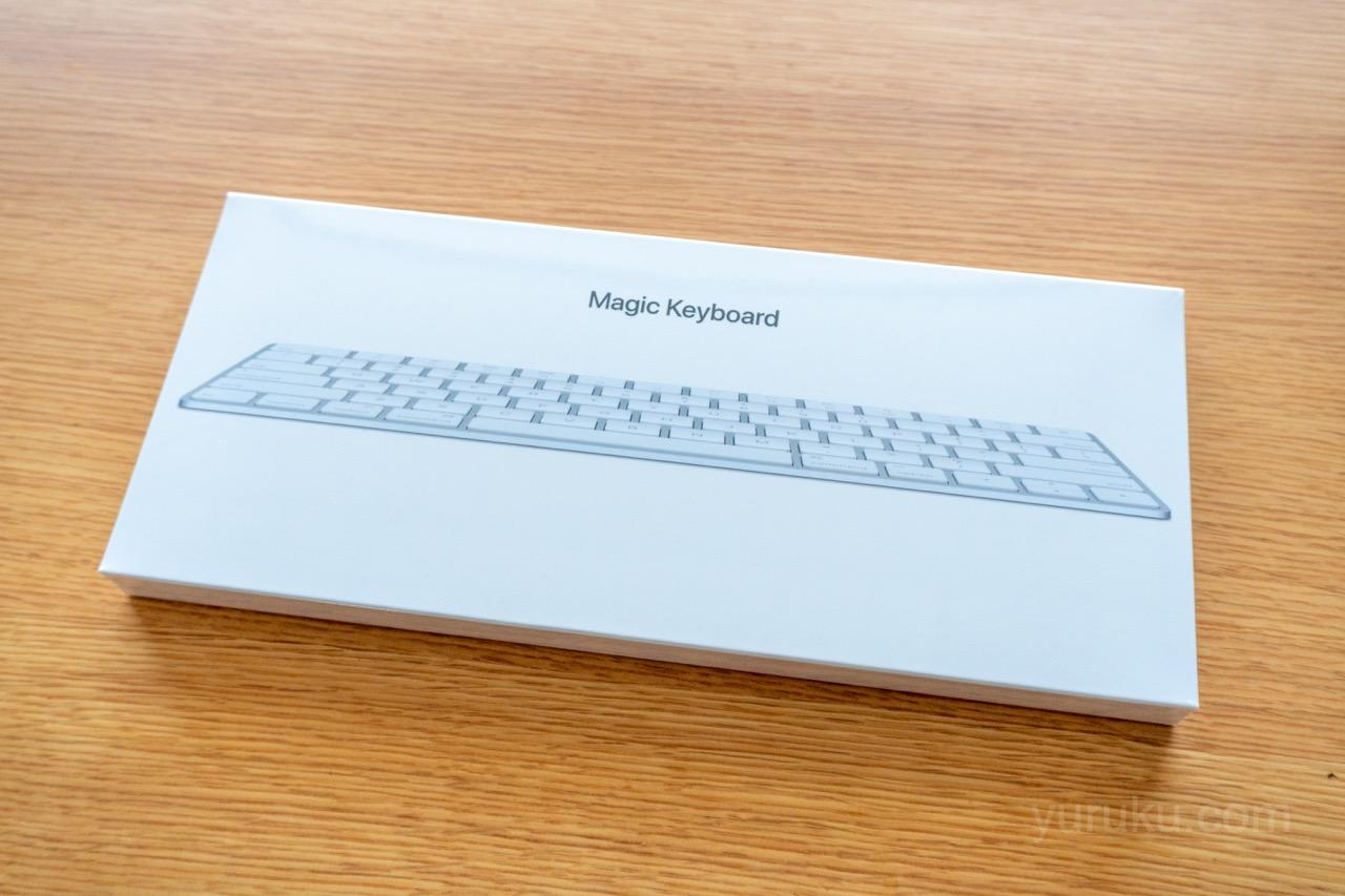Magic Keyboardの箱